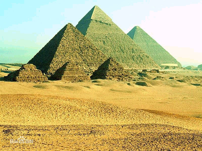 埃及吉萨金字塔 资料图