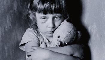 女孩抄作业被父打死 儿童家暴何时休?