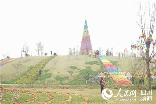 风景优美的成都市龙泉驿区蔚然花海.