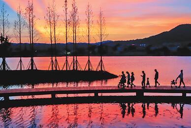 还一湖碧水 蕴一城诗意