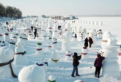 2019个雪人亮相冰城
