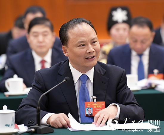 全国人大代表刘汉元:建议减轻光伏发电企业税费负担