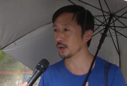 香港民众谴责暴力